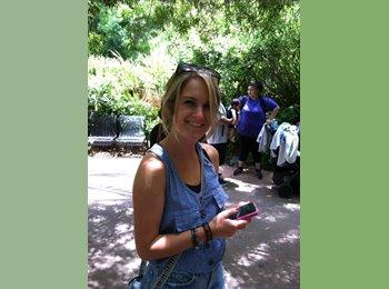 EasyRoommate US - Kristen   - 21 - Orange County