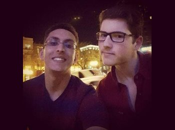 EasyRoommate US - Hamza - 18 - Chicago