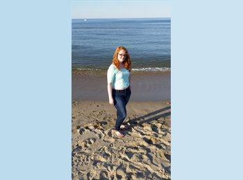 EasyRoommate US - Lauren - 21 - Virginia Beach