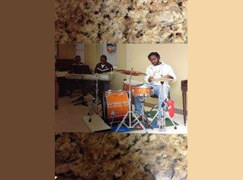 EasyRoommate US - Isaiah - 21 - Birmingham