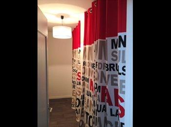 Appartager FR - appart 3p 70m2 avec une chambre de libre URGENT - Pessac, Bordeaux - 450 € / Mois