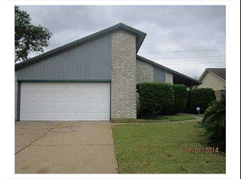 EasyRoommate US - Room for rent in Bear Creek/Energy Corridor area - Bear Creek, Houston - $500 pcm