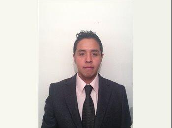 EasyRoommate US - Alejandro - 25 - Houston