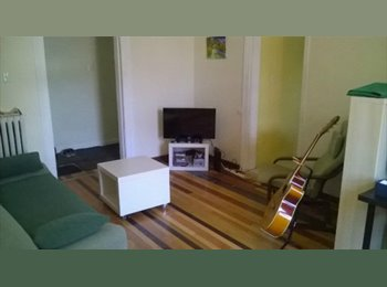 Room for Rent July+August Downtown Toronto