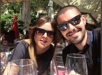 EasyPiso ES - Javier Y Clara - 27 - Barcelona
