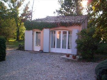 Appartager FR - Studio indépendant, à 5 km centre d'Aix - Puyricard, Aix-en-Provence - 600 € /Mois