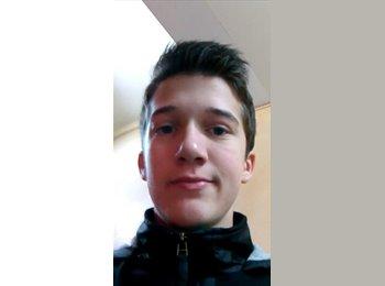 Nathan - 18 - Etudiant(s)