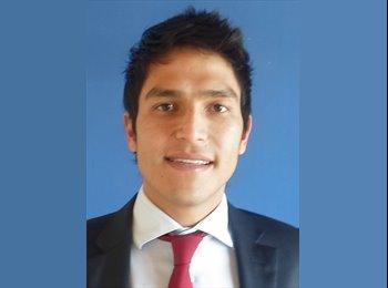 Carlos - 27 - Etudiant(s)