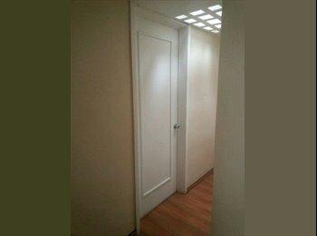 Rento cuarto en departamento Satélite