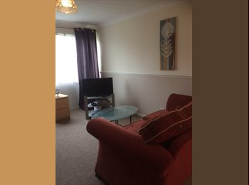 VERY LARGE DOUBLE ROOM AND SINGLE AVAILABLE