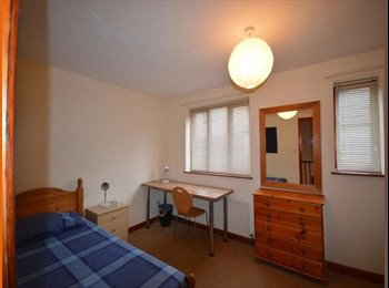 EasyRoommate UK - 2 Bedroom house share in Central Lincoln - Lincoln, Lincoln - £275 pcm