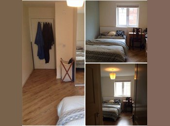 EasyRoommate UK - Double Room in new, spacious flat near Morden tube - Morden, London - £630 pcm