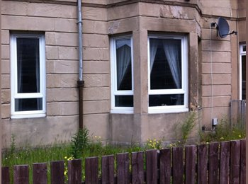 Room available in Eat End. Great flat. Great location.