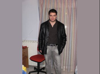 EasyRoommate UK - Stefanos - 29 - Chesterfield