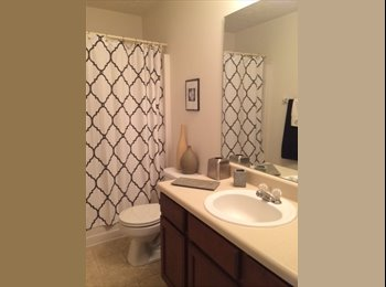 1 Master and 2 Rooms for rent