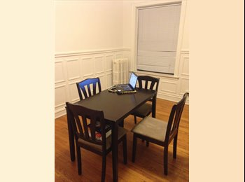 EasyRoommate US - Evanston Sublet Available. Spacious 2BR - Waukegan, Other-Illinois - $700 pcm