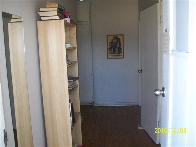 Room to rent in Elizabeth Town - Comfortable budget accomodation - Image 2