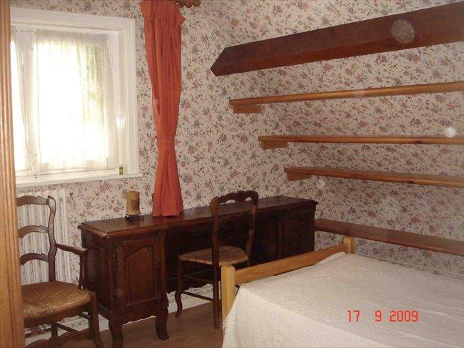 Colocation marly chambre louer dans maison chez for Chambre a louer particulier