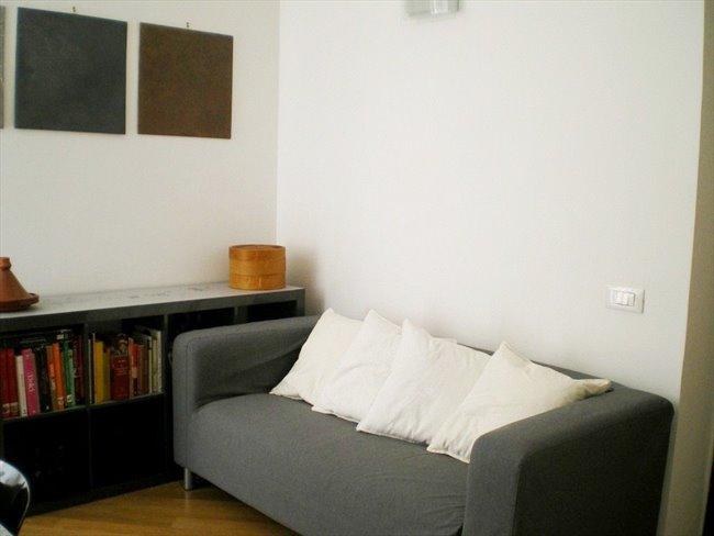 Stanze e posti letto in affitto trionfale 10 minuti a for Affitto roma ottaviano