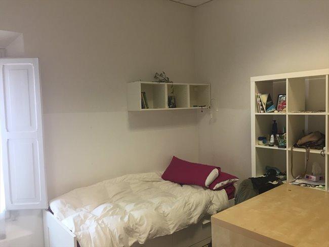 Stanze e posti letto in affitto bologna ampio posto letto residenza femminile in centro - Posto letto a bologna ...