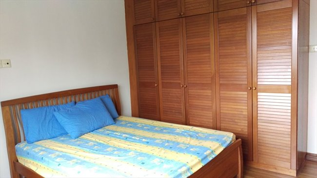 Room for rent in newton master bedroom with attached toilet for Master bedroom with attached nursery