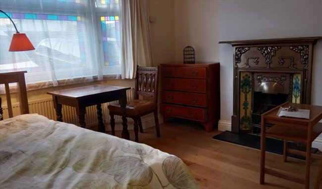 Room to rent in Northolt - Double Room in Greenford to rent to student/prof. - Image 5