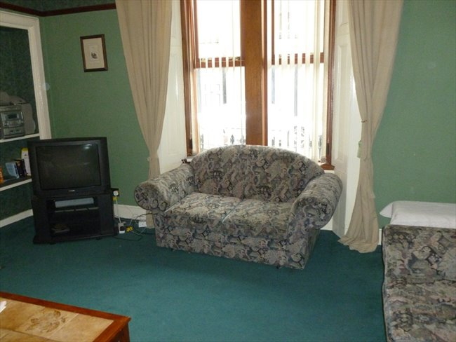 Room to rent in Dumfries -   Large double rooms to rent in town centre - Image 2
