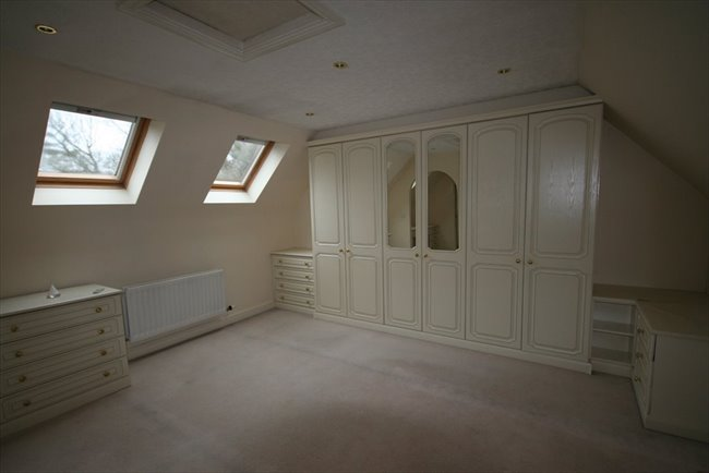 Room to rent in Whitehaven - Large Furnished En-suite Room In Spacious House - Bills included - Very Nice House - Image 4