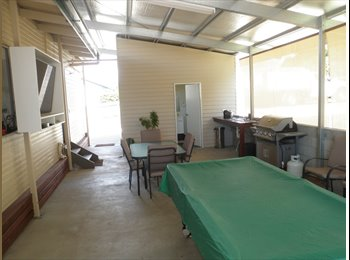 EasyRoommate AU - Furnished air con room  Internet Utilities close to CBD  & University, Gladstone - $140 pw