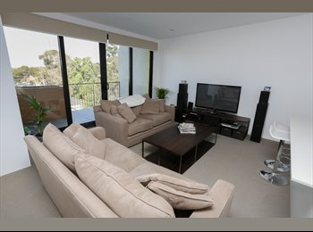 EasyRoommate AU - 4 year old apartment in great location, Black Rock - $230 pw