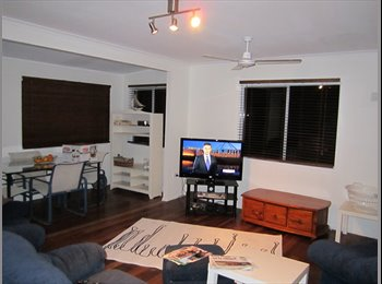 EasyRoommate AU - Room available FF, Aircon, Foxtel - quiet, Clinton - $150 pw