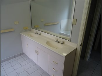 EasyRoommate AU - Room to Rent, Townsville - $140 pw