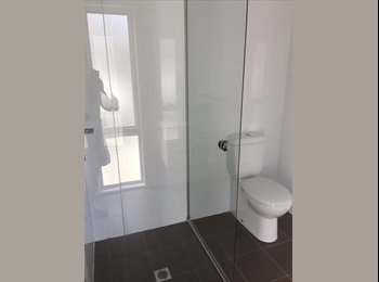 EasyRoommate AU - Room for rent, Hamilton - $190 pw
