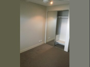 EasyRoommate AU - Red Hill Room for Rent, Red Hill - $200 pw
