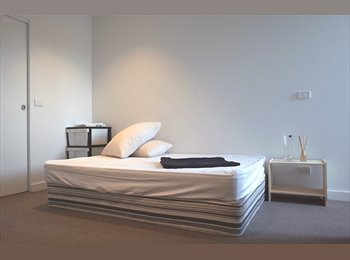 EasyRoommate AU - Spacious master bedroom of a brand new modern apartment in a superb location, Hampton - $260 pw