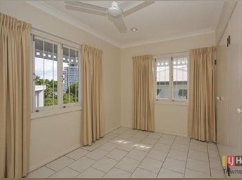 EasyRoommate AU - Quiet street near the city, Townsville - $120 pw