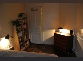 Appartager FR - Belle chambre ds colocation  Gambetta  (ALL iNCLUDED), 20ème Arrondissement - 800 € /Mois