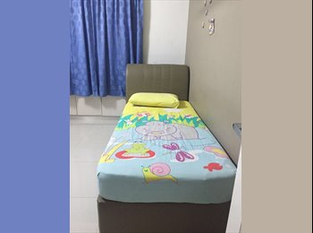 EasyRoommate SG - nice common near punggol mrt indian house dont miss, Punggol - $700 pm