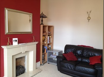 EasyRoommate UK - Lovely double room near Stanley Park, the hospital, zoo  and Whitegate Drive, Blackpool - £350 pcm