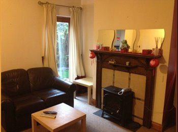 EasyRoommate UK - Student Rooms Available, Newcastle under Lyme - £316 pcm