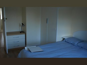 EasyRoommate UK - single and double room willesden area, Harlesden - £500 pcm