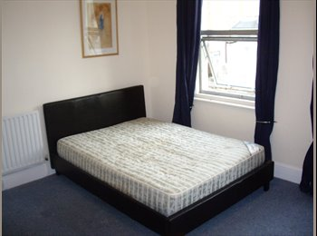 EasyRoommate UK - Need a great room in a great house?, Reading - £500 pcm
