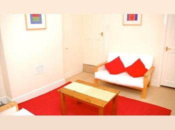 EasyRoommate UK - 3 bedroom property available in Edgbaston, Rotton Park - £345 pcm