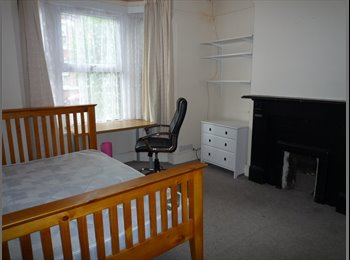 EasyRoommate UK - Melville  Rd Coundon CV1 3AP, Coventry - £325 pcm