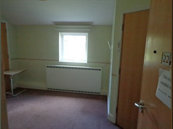EasyRoommate UK - Large Double Rooms in  Mildenhall £350pcm inc all bills, Ely - £285 pcm