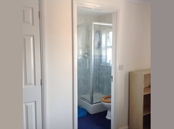 EasyRoommate UK - en-suite Room to rent in a family home - DIDCOT, Didcot - £600 pcm