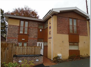 EasyRoommate UK - Newly Converted Luxury Studio Apartments Furnished, Crumpsall - £700 pcm