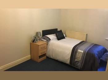 EasyRoommate UK - Rooms available from £165, Broadgreen - £165 pcm