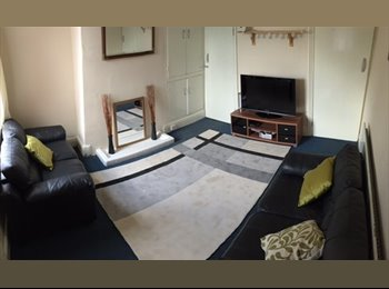 EasyRoommate UK - *All Bills Included *Lovely housemates *Nice room, Crookesmoor - £300 pcm