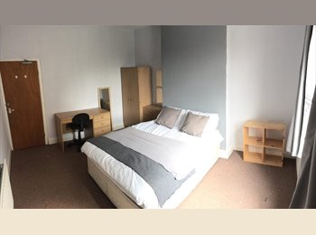 EasyRoommate UK - *Private ensuite *City Centre 5min to Hallamshire 2min to Uni, Netherthorpe - £475 pcm
